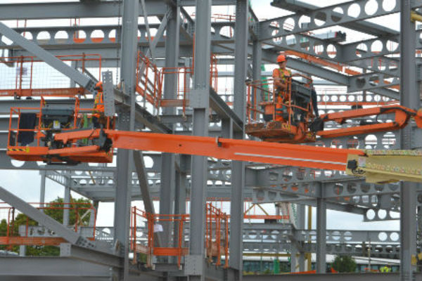 PDB crane-hire-nottingham-1